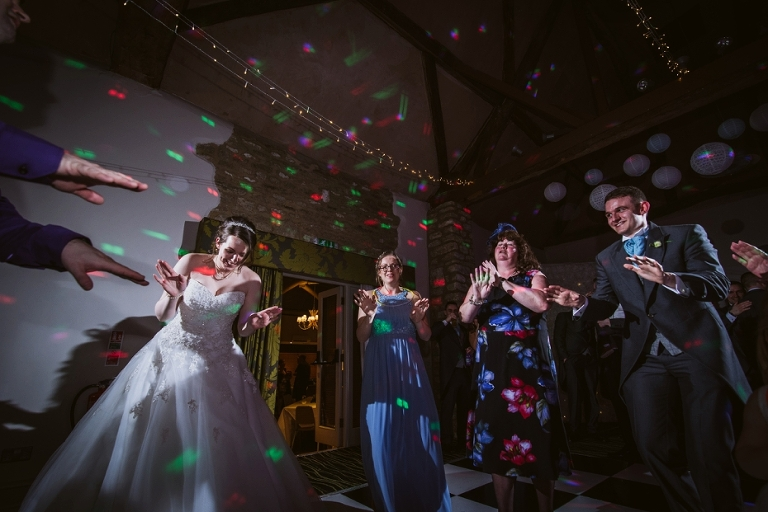 Oxford Four Pillars Wedding- Chloe & Chris - Lee Dann Photography - 0641