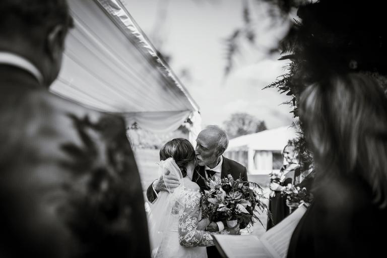 Ardington House Wedding - Donna & Alex - Lee Dann Photography - 0305