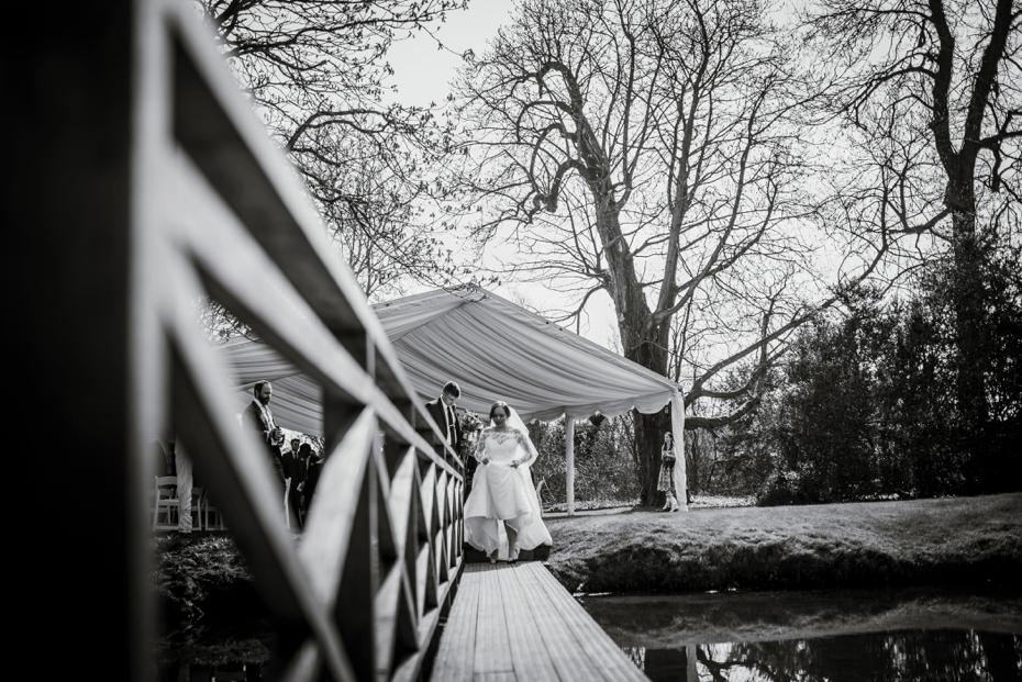 Ardington House Wedding - Donna & Alex - Lee Dann Photography - 0374