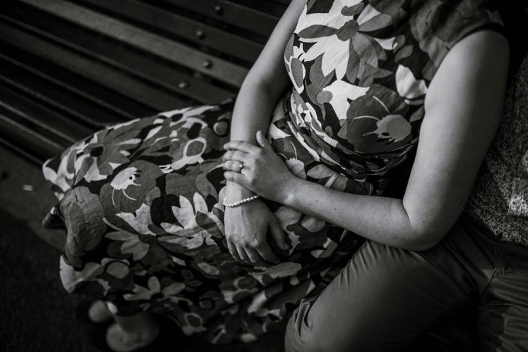 Greenwich Pre Shoot - Fern & Tijay - Lee Dann Photography - 0026